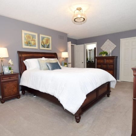 1 Knox Cres Brooklin Whitby