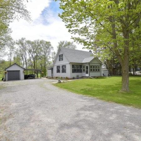 1470 King St Port Perry